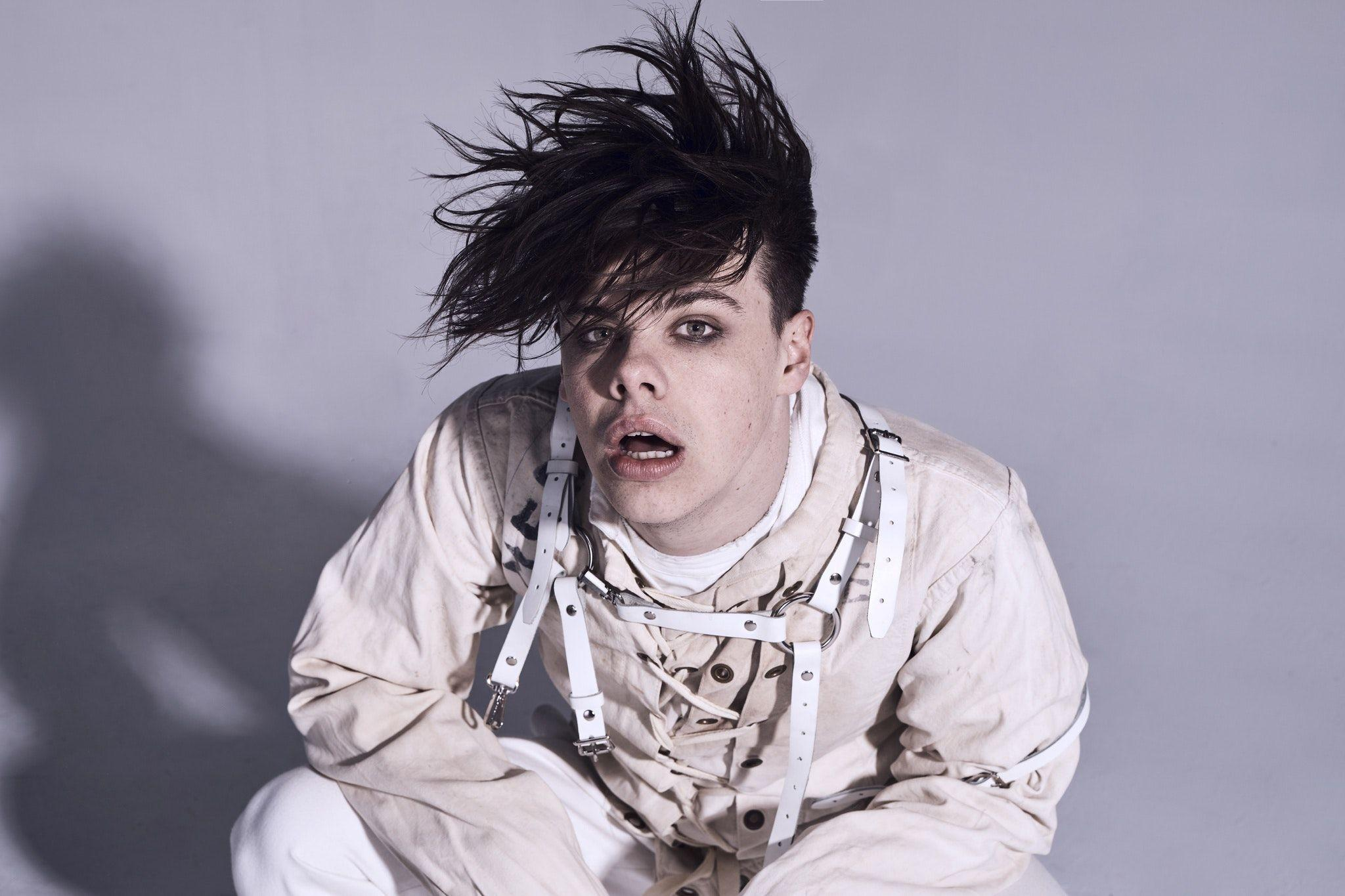 Yungblud Wallpapers Wallpaper Cave