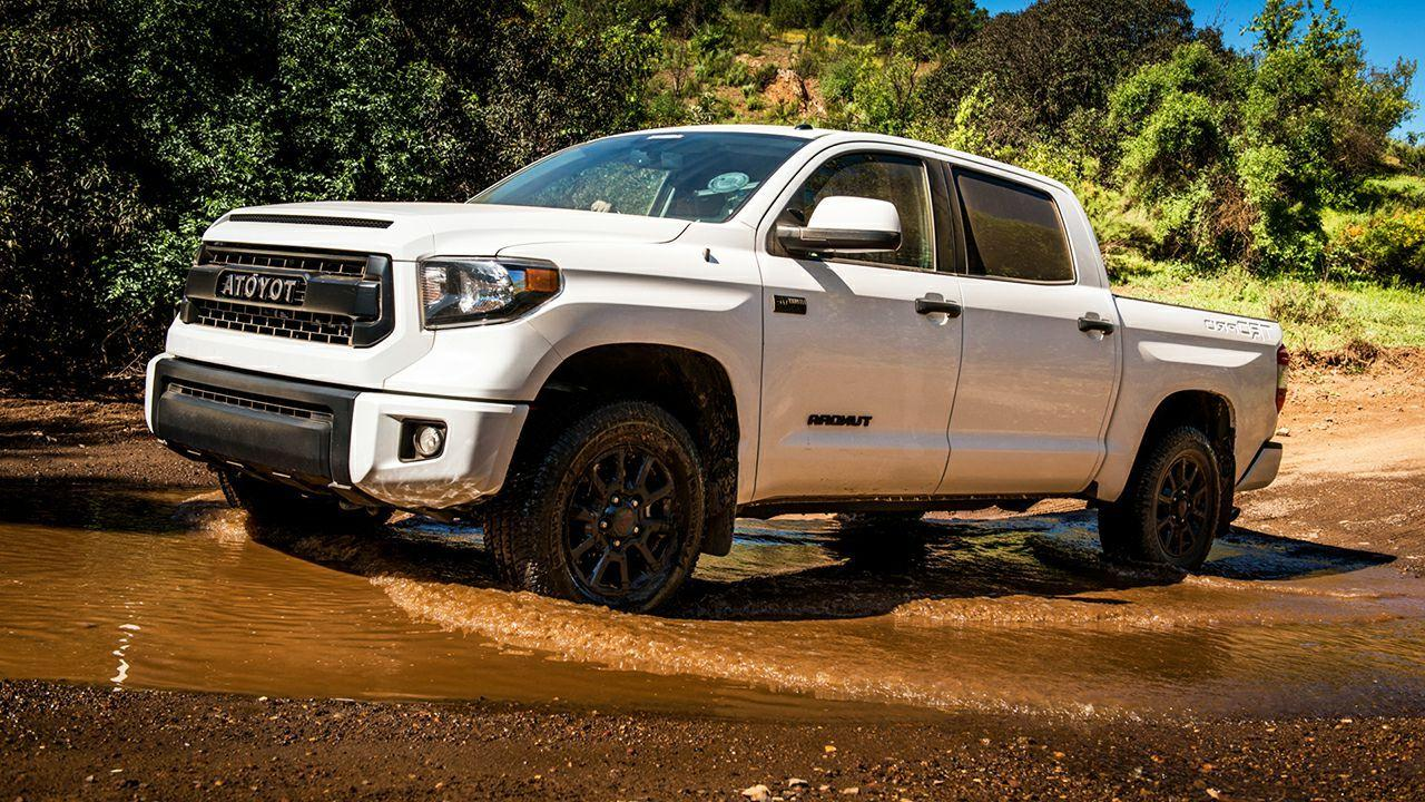 2017 Toyota Tundra TRD Pro | HD Car Wallpapers Free Download
