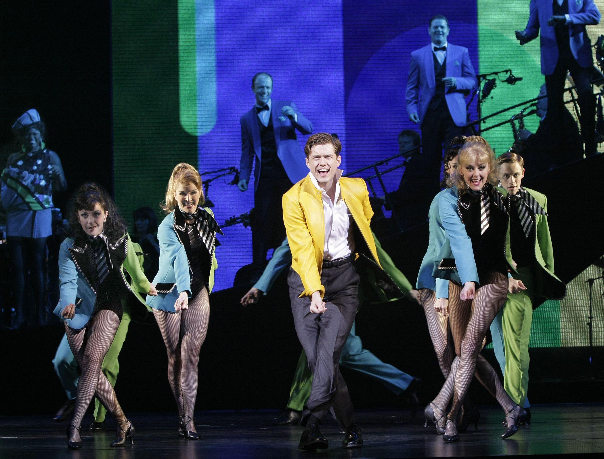 Catch Me If You Can (The Musical) images Catch Me If You Can ...