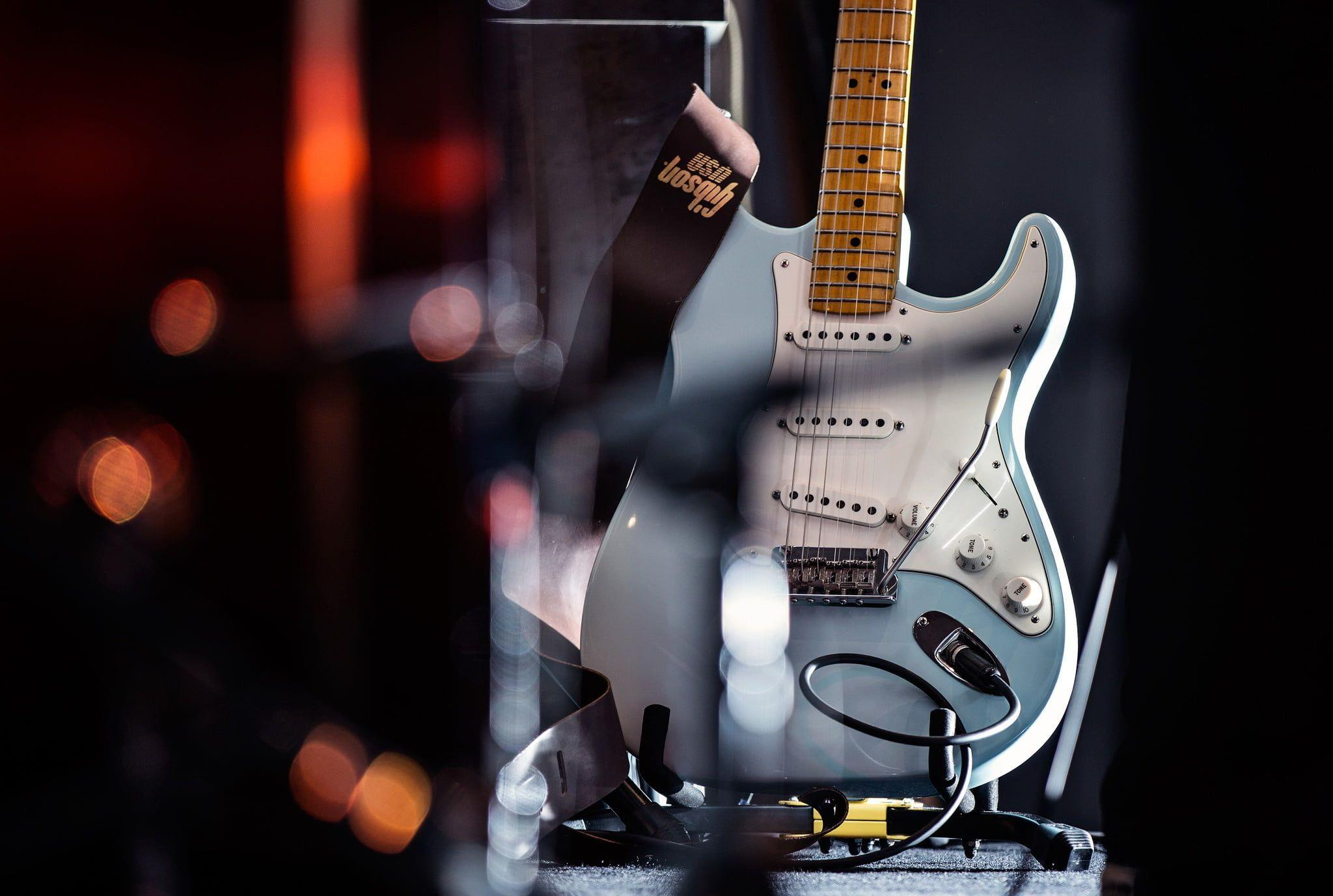 Blue stratocaster electric guitar HD wallpaper | Wallpaper Flare