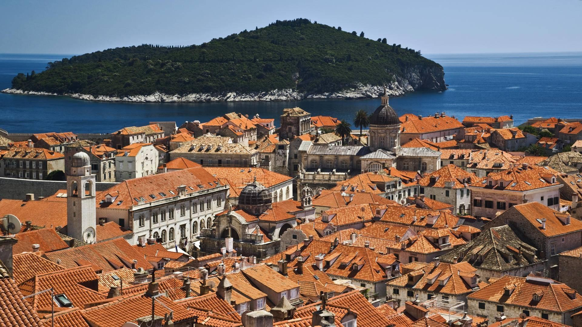 Historic Dubrovnik Croatia On The Adriatic Sea wallpapers