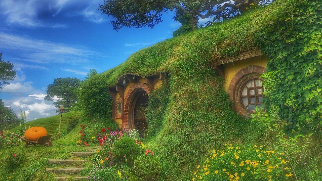 Wallpapers hobbiton movie set, forest house, fabulous, new zealand hd
