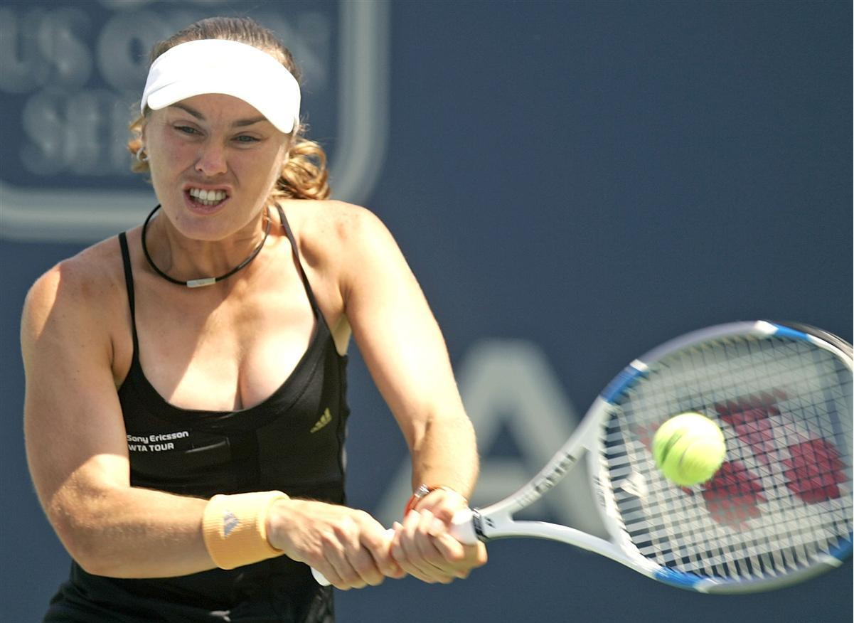 Martina Hingis Wallpapers 17