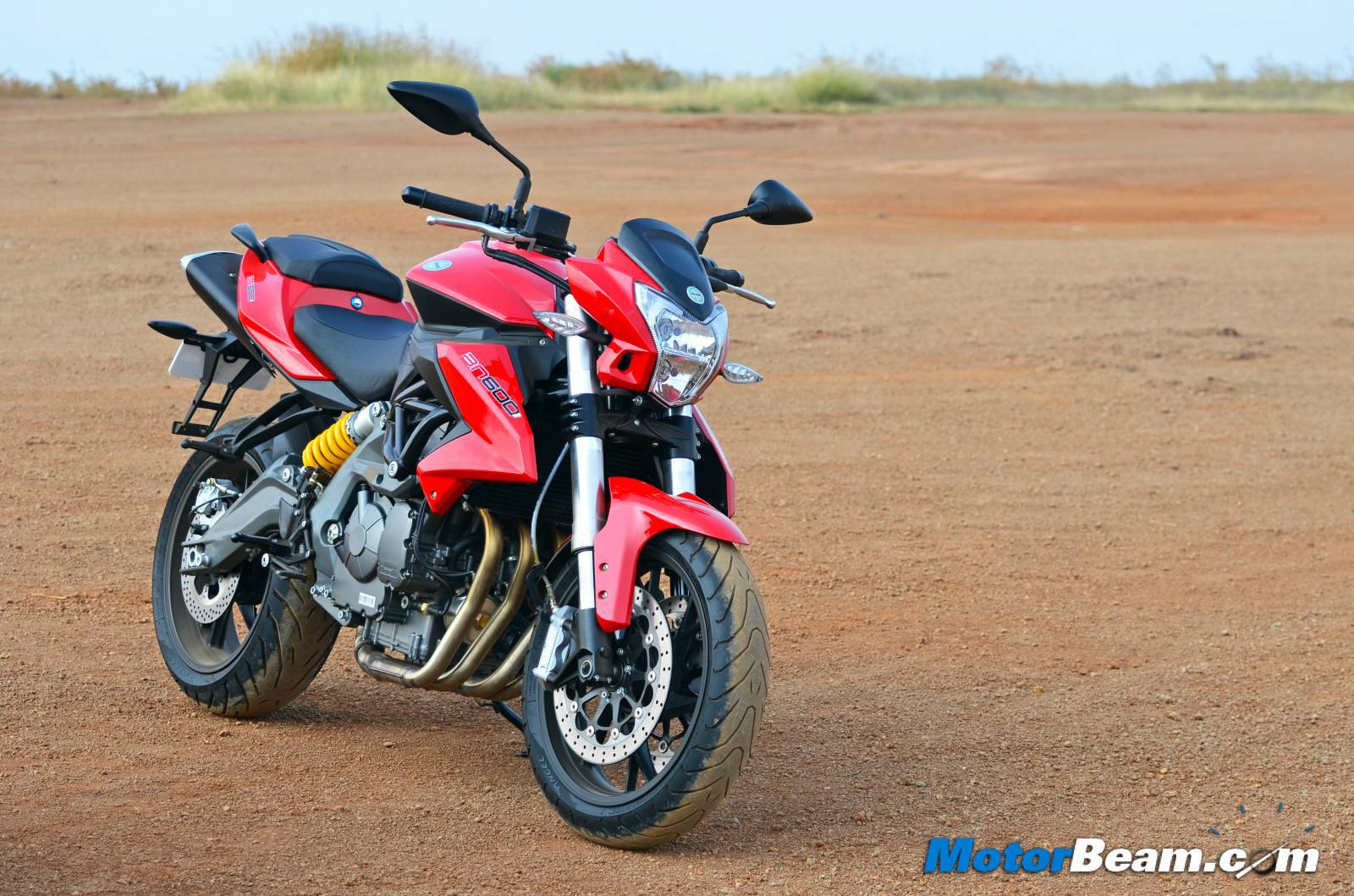 Benelli TNT 600i Wallpapers