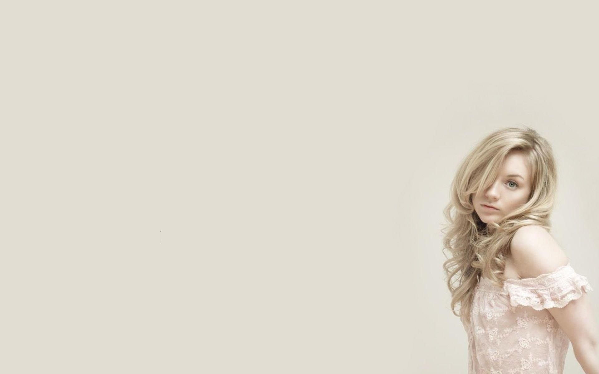 Emily Kinney Wallpapers Wallpaper Cave