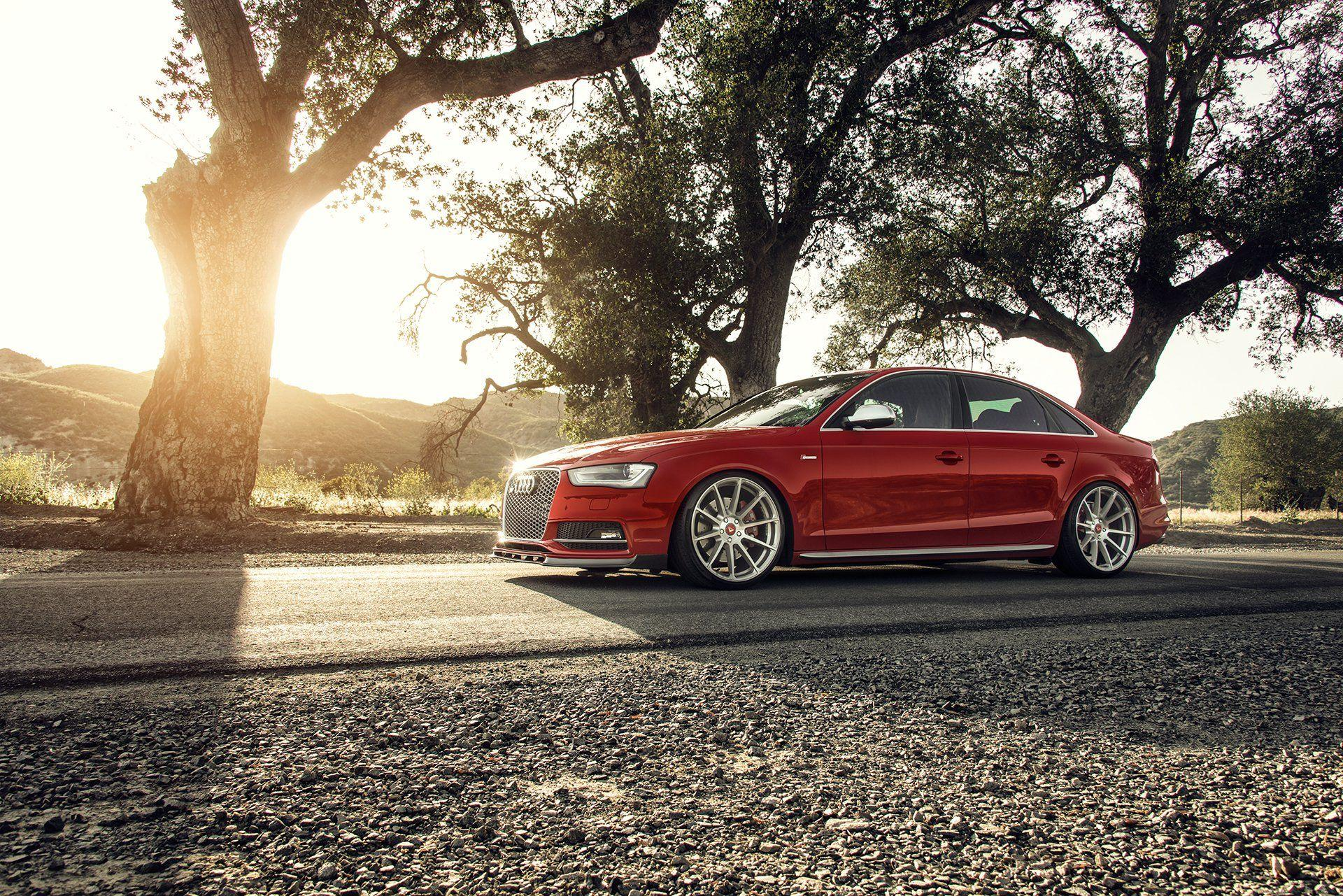 25 Audi S4 HD Wallpapers