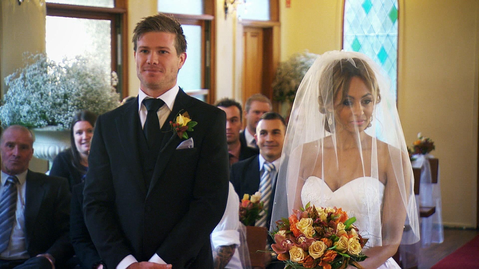 Married At First Sight Teams Background 5