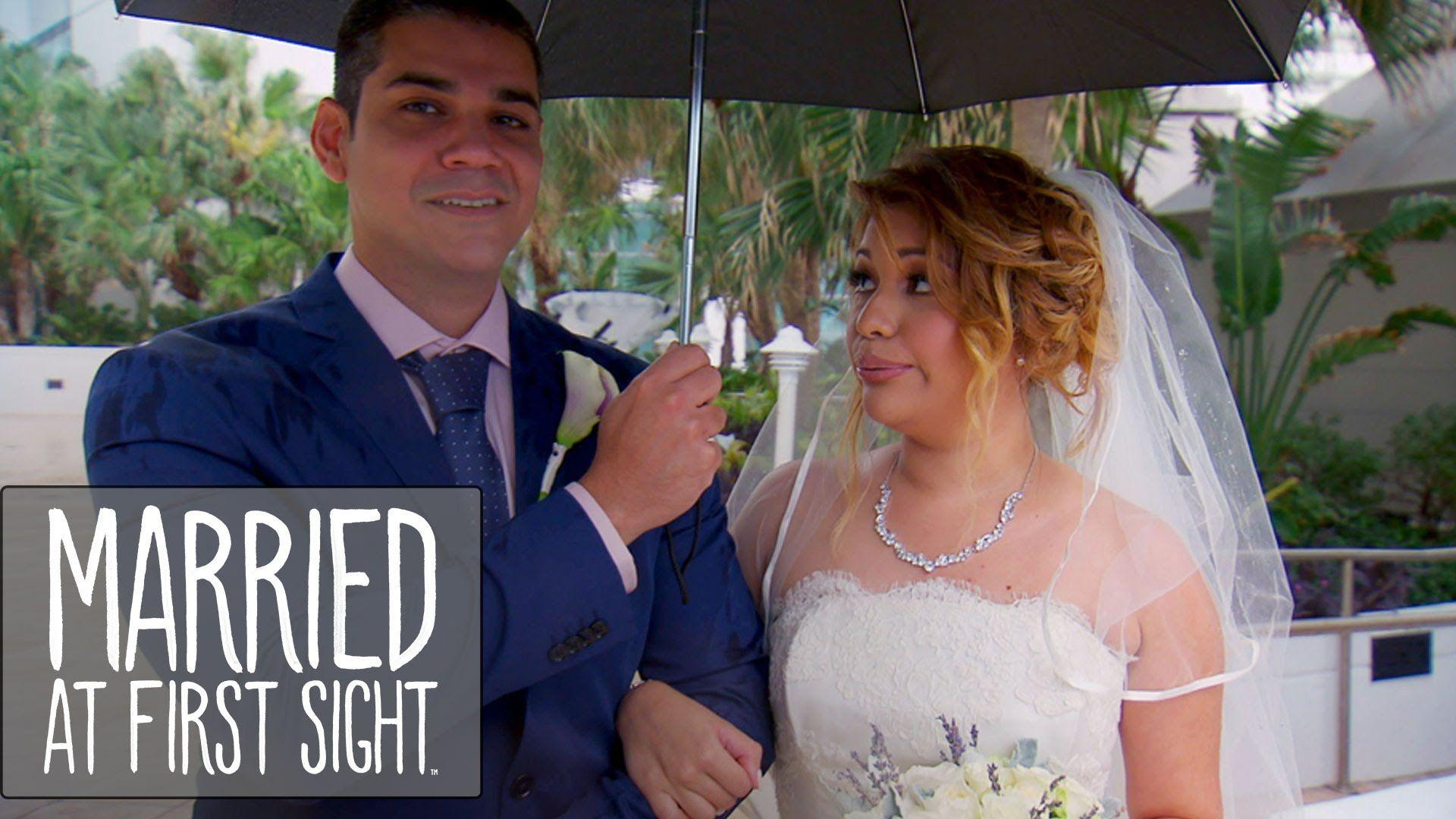 Married At First Sight Background 7