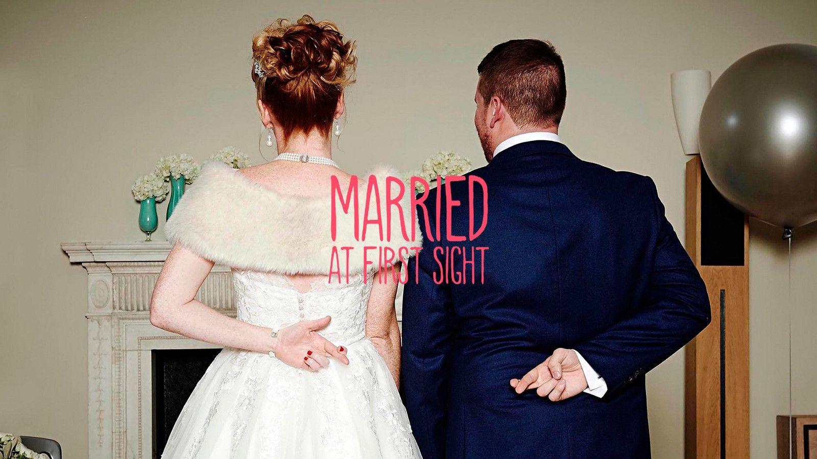 Married At First Sight Background 9