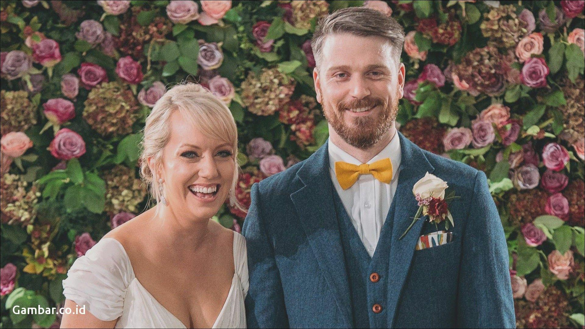 Married At First Sight Background 10