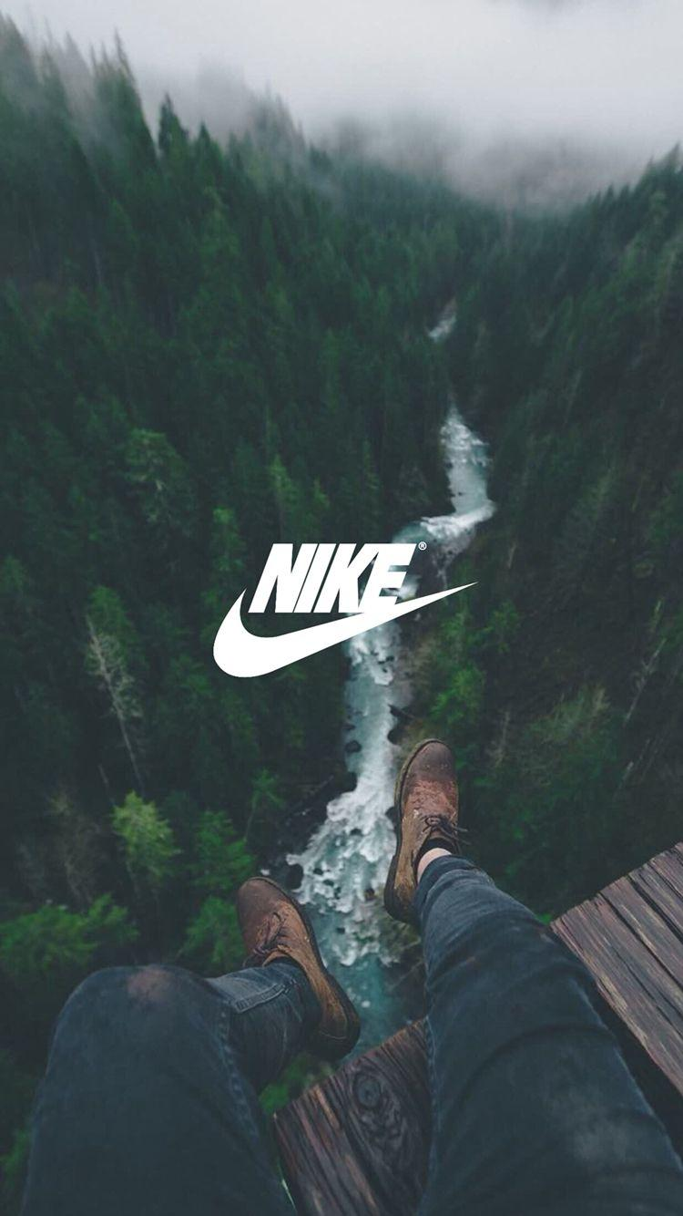 I like the white font for the nike logo, it pops out unlike the