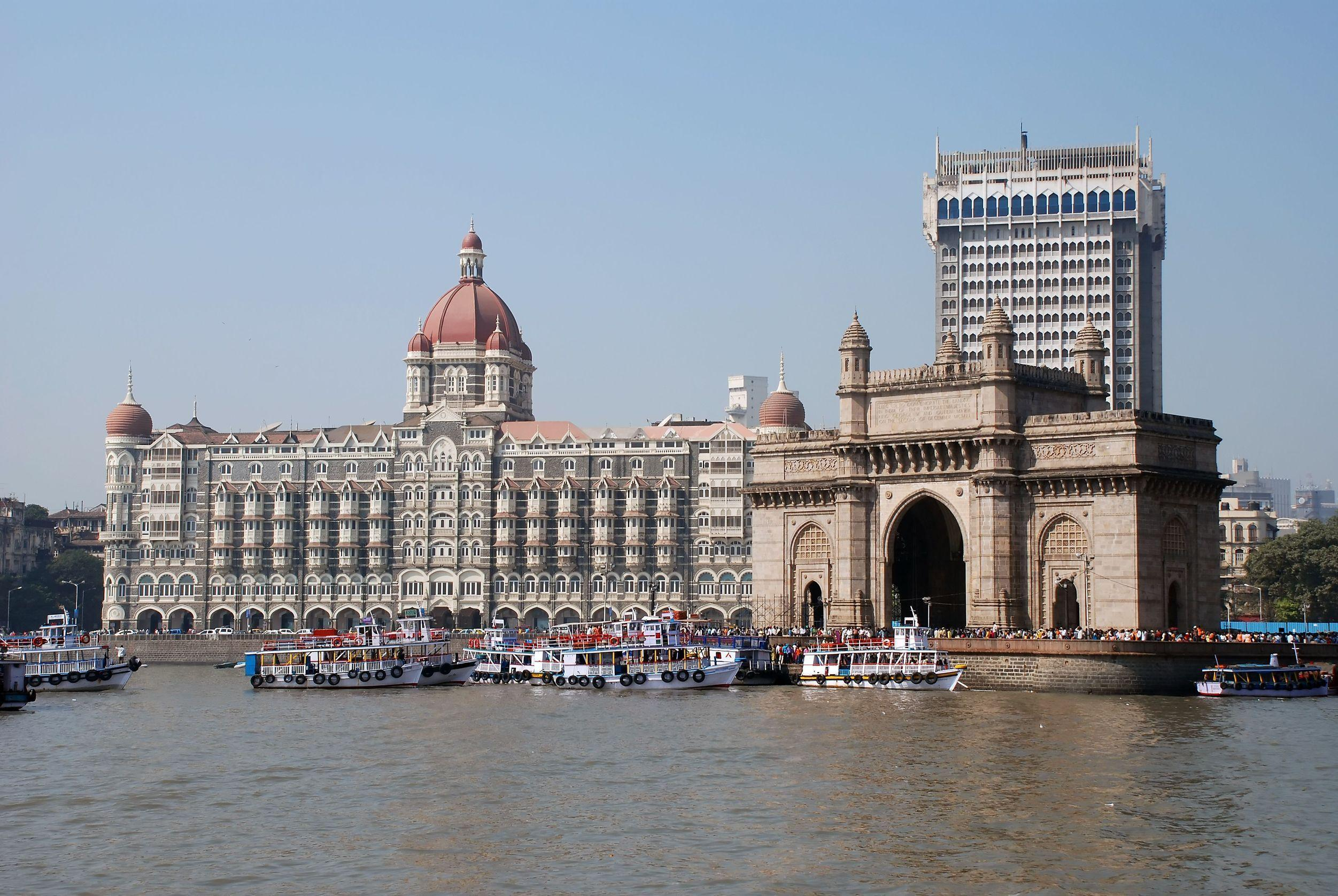 Yachts in Mumbai wallpapers and image
