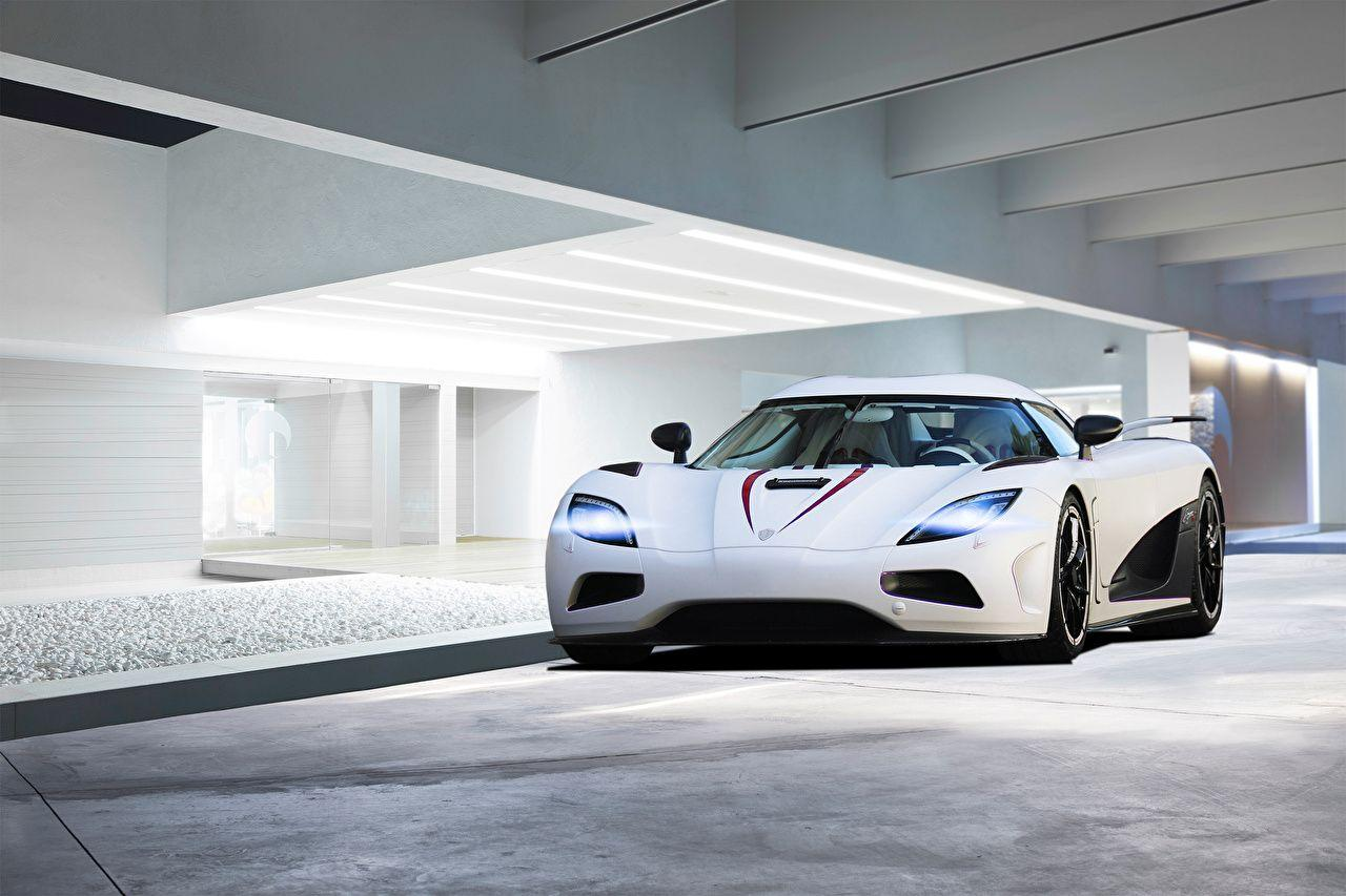 Wallpapers Koenigsegg Agera R White Front automobile