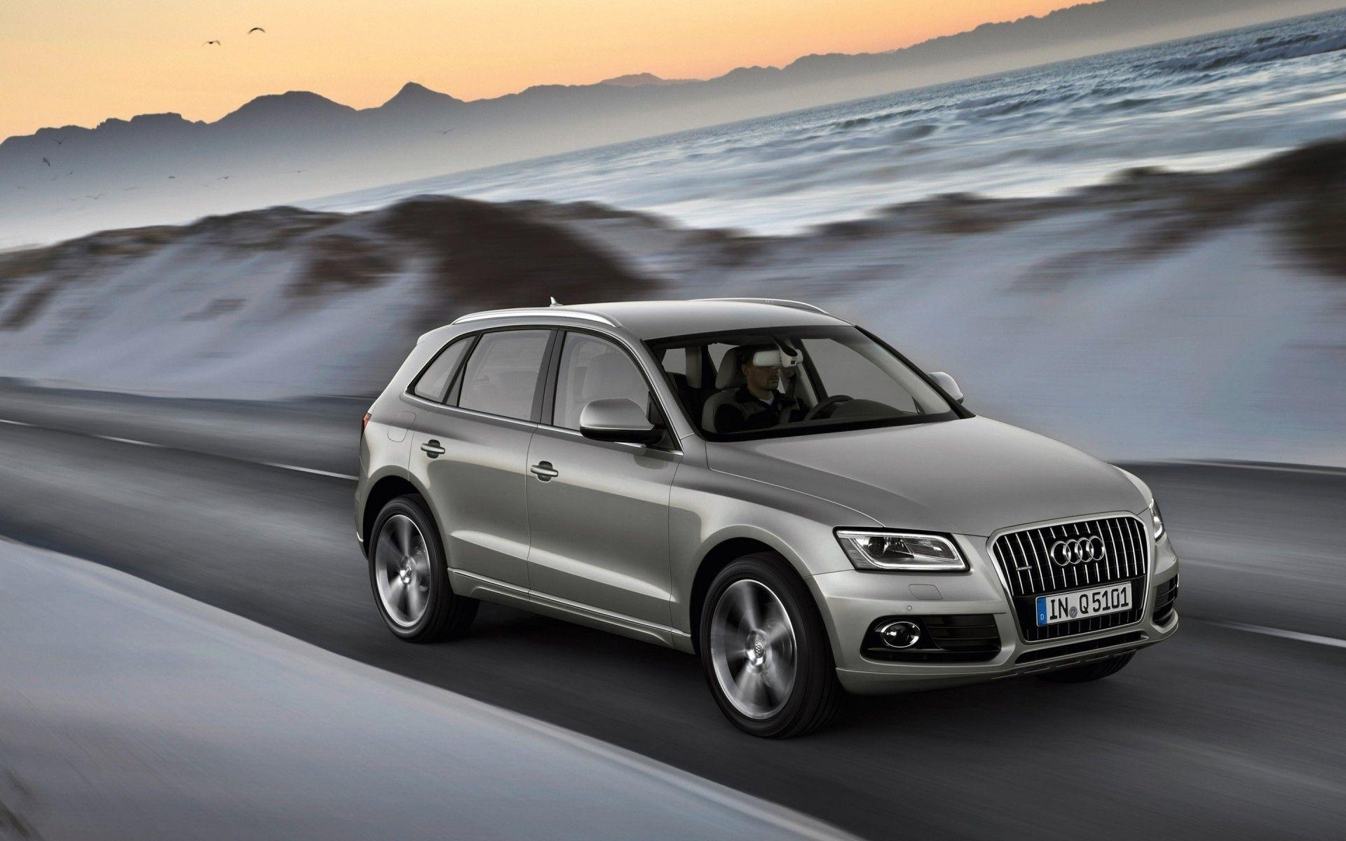 2013 Audi Q5. Android wallpapers for free.