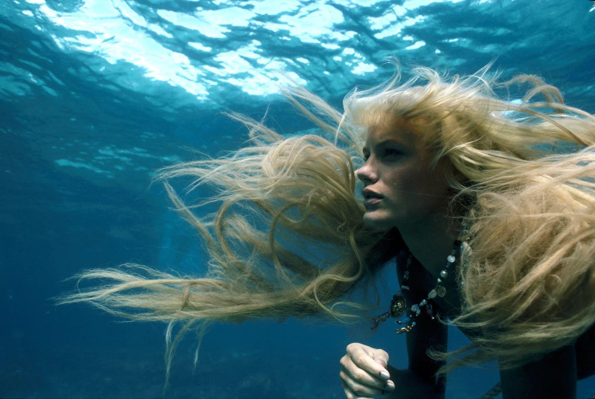 foto-blondinok-pod-vodoy-filmi-porno-chuzhie-zheni