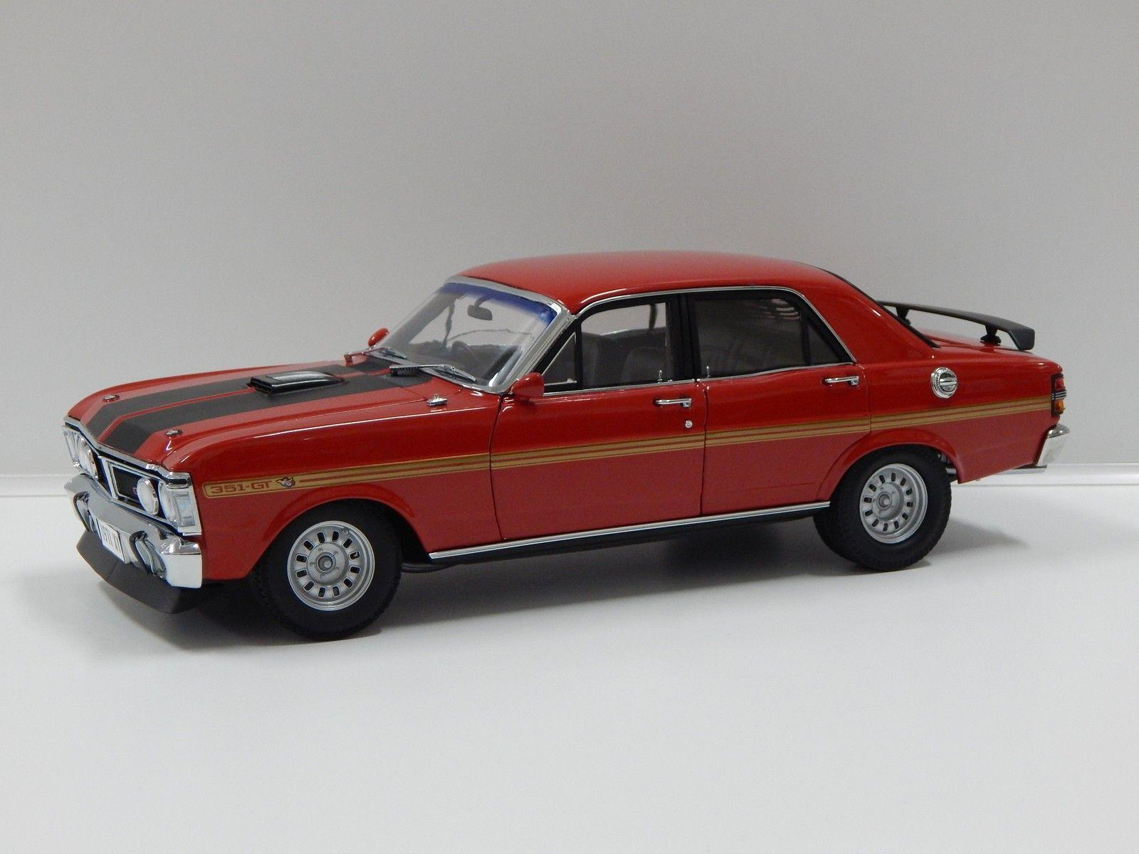 Classic Carlectables 1/18 Retro Ford XY Falcon Wide Boots