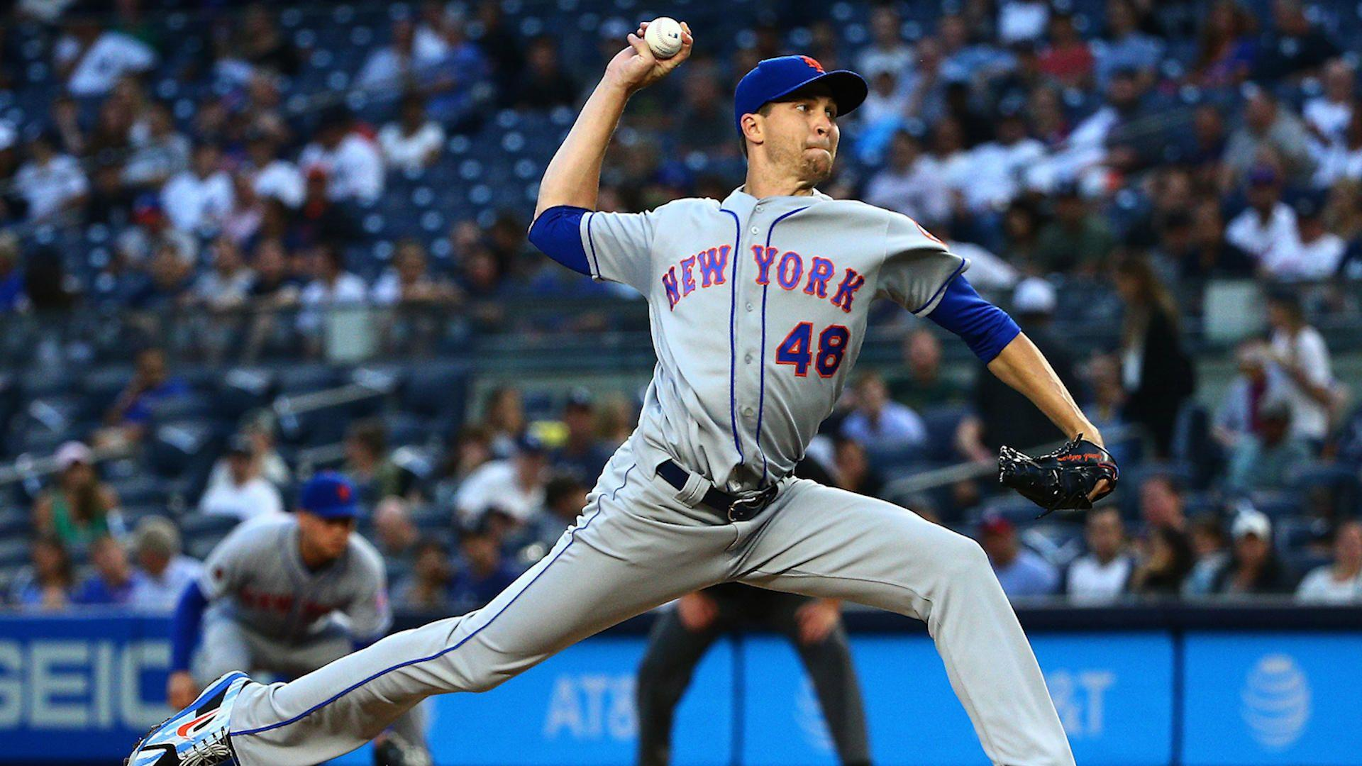 Should deGrom be the NL Cy Young favorite?