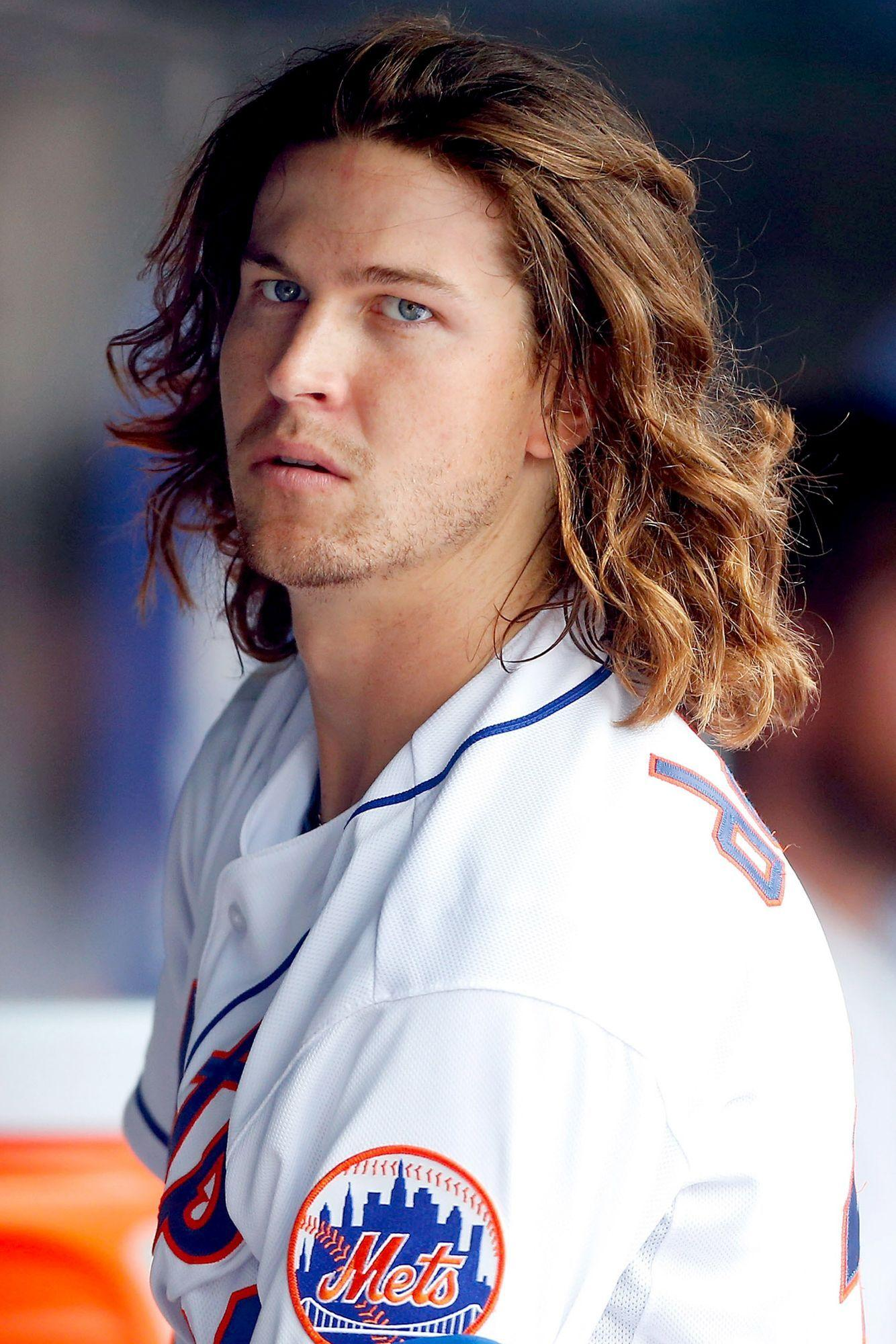 Jacob Degrom! The best friggin starting pitcher on the face of the