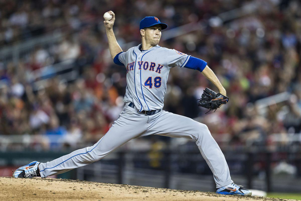 Give Jacob deGrom all the awards