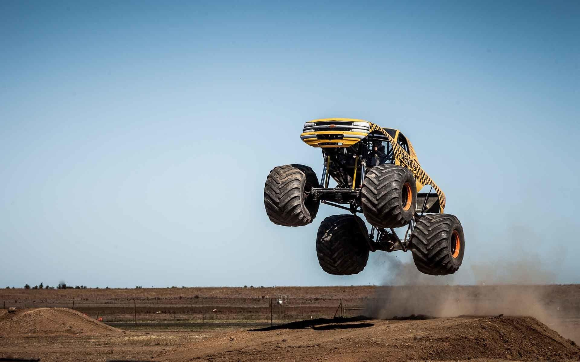 Monster Truck Full Hd Wallpapers ✓ Labzada Wallpaper