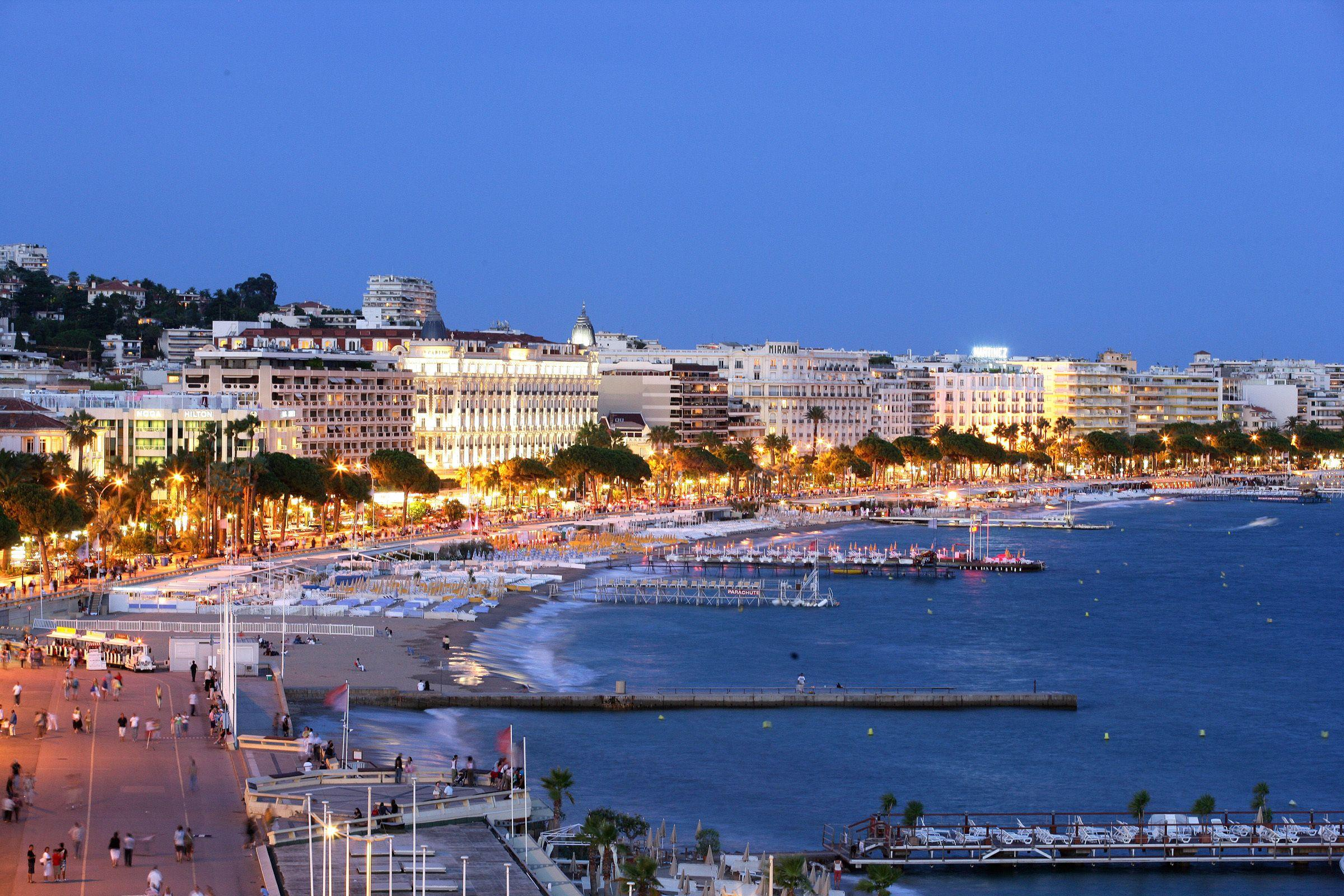 Evening lights in Cannes, France wallpapers and image