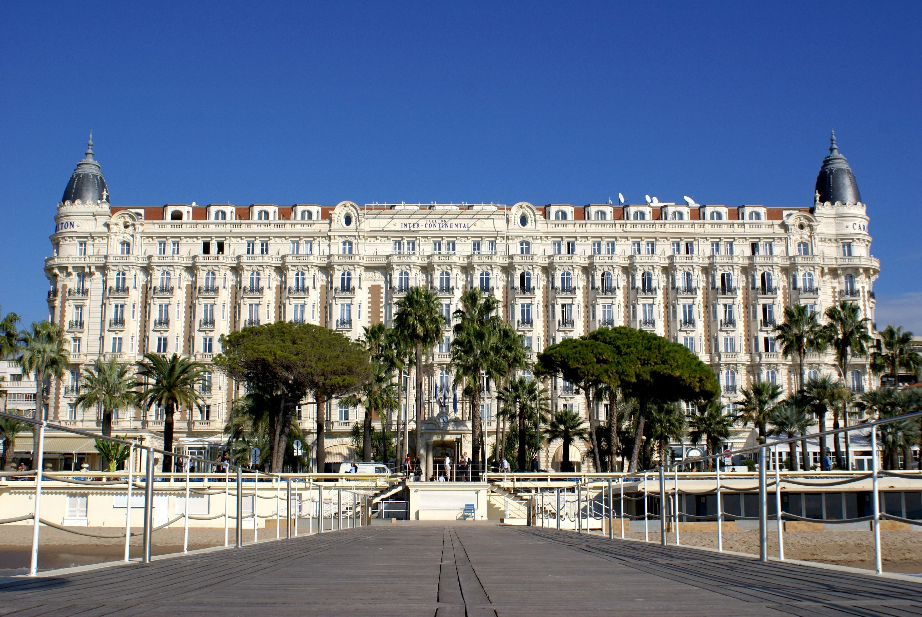 Hotels on the beach in Cannes, France wallpapers and image