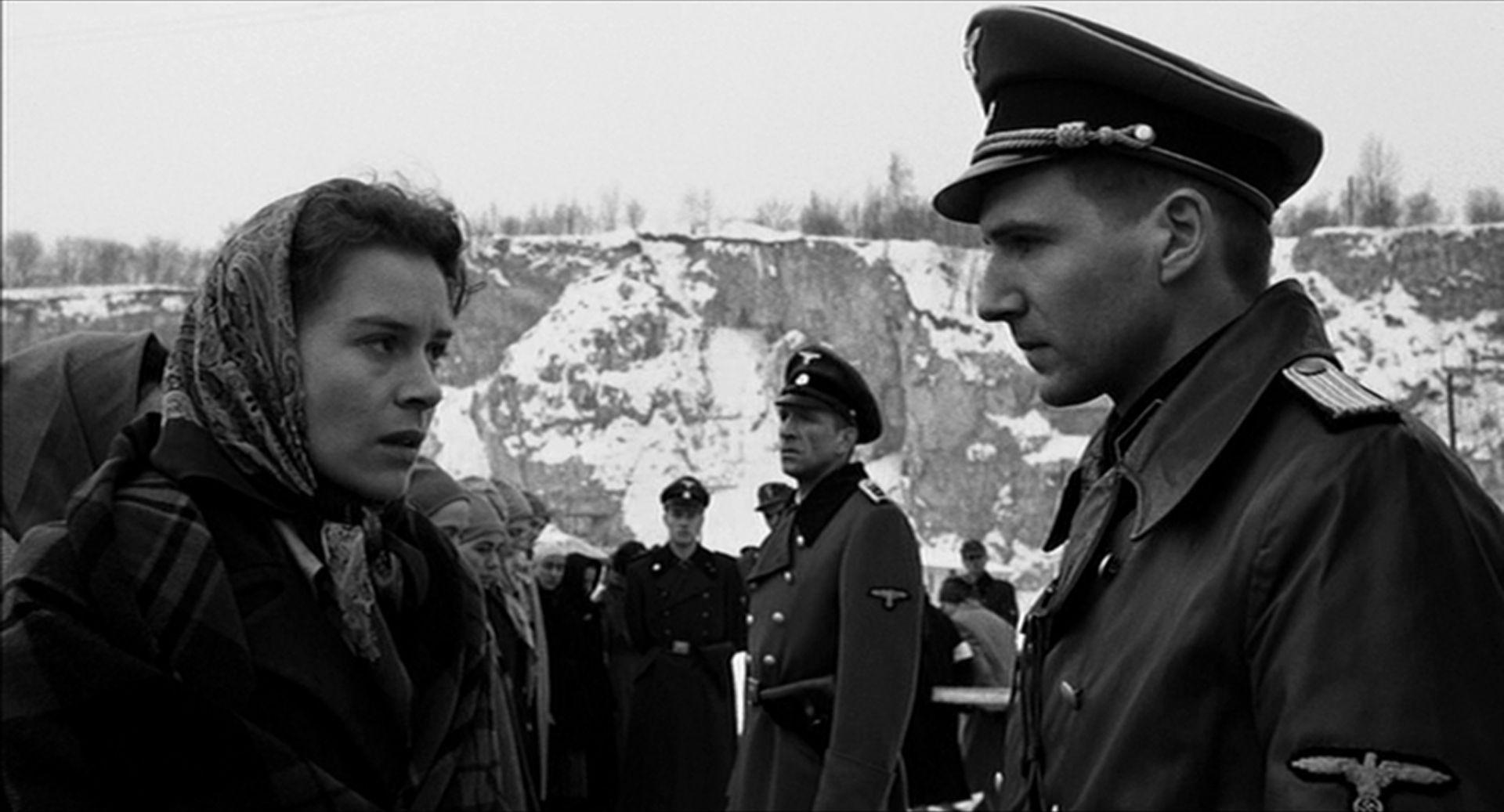 Schindler's List (1993): Spielberg Holocaust Drama Wins Best Picture ...