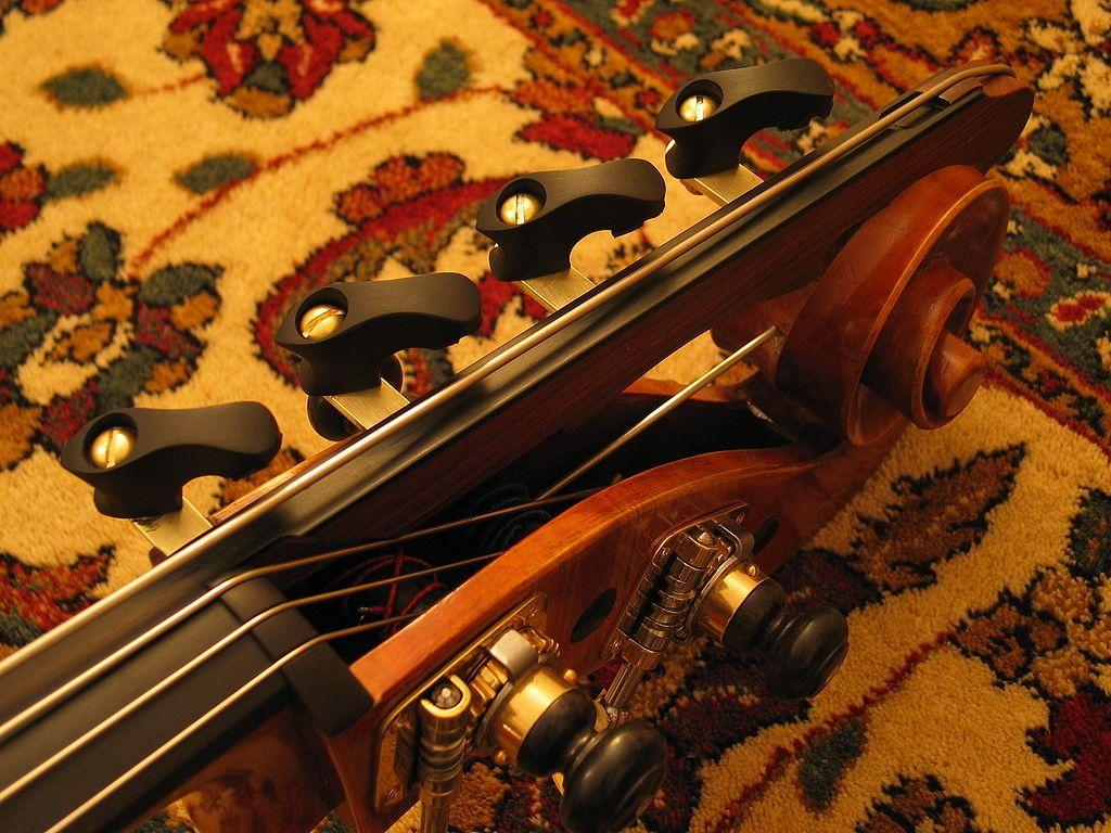 File:Double bass C extension.jpg
