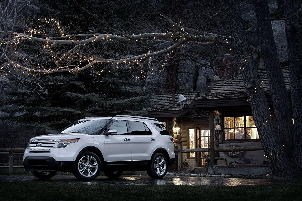 Image Ford 2011 Explorer White Cars Branches Fairy lights