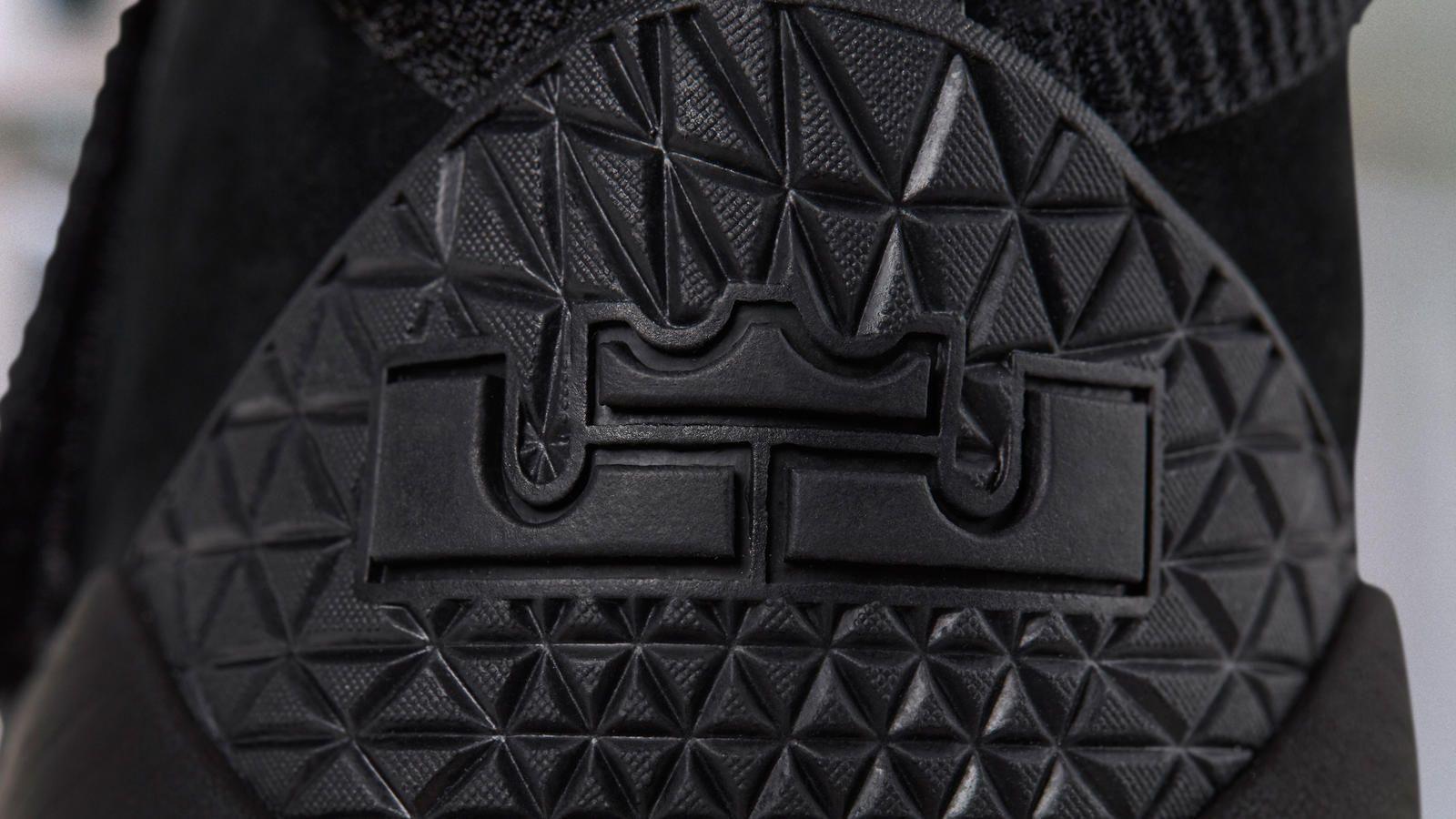 5c6e700c68a6 Nike Zoom LeBron Soldier 11 Prototype - Nike News