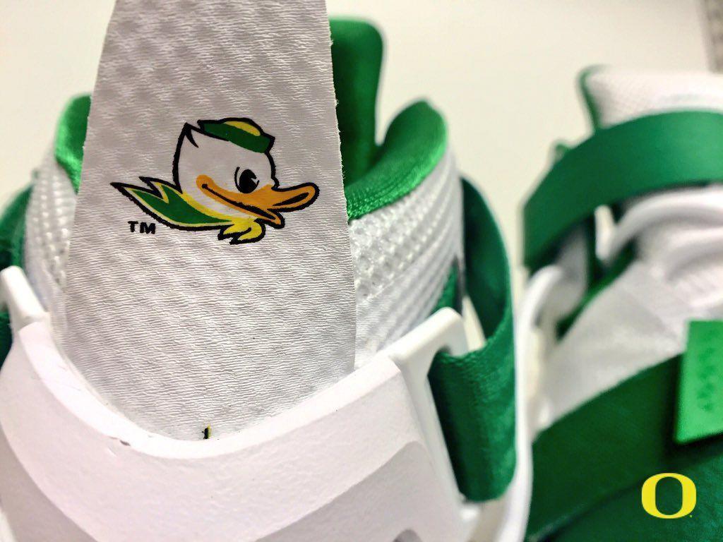Nike Soldier 9 Oregon Ducks - Sneaker Bar Detroit 92b137160