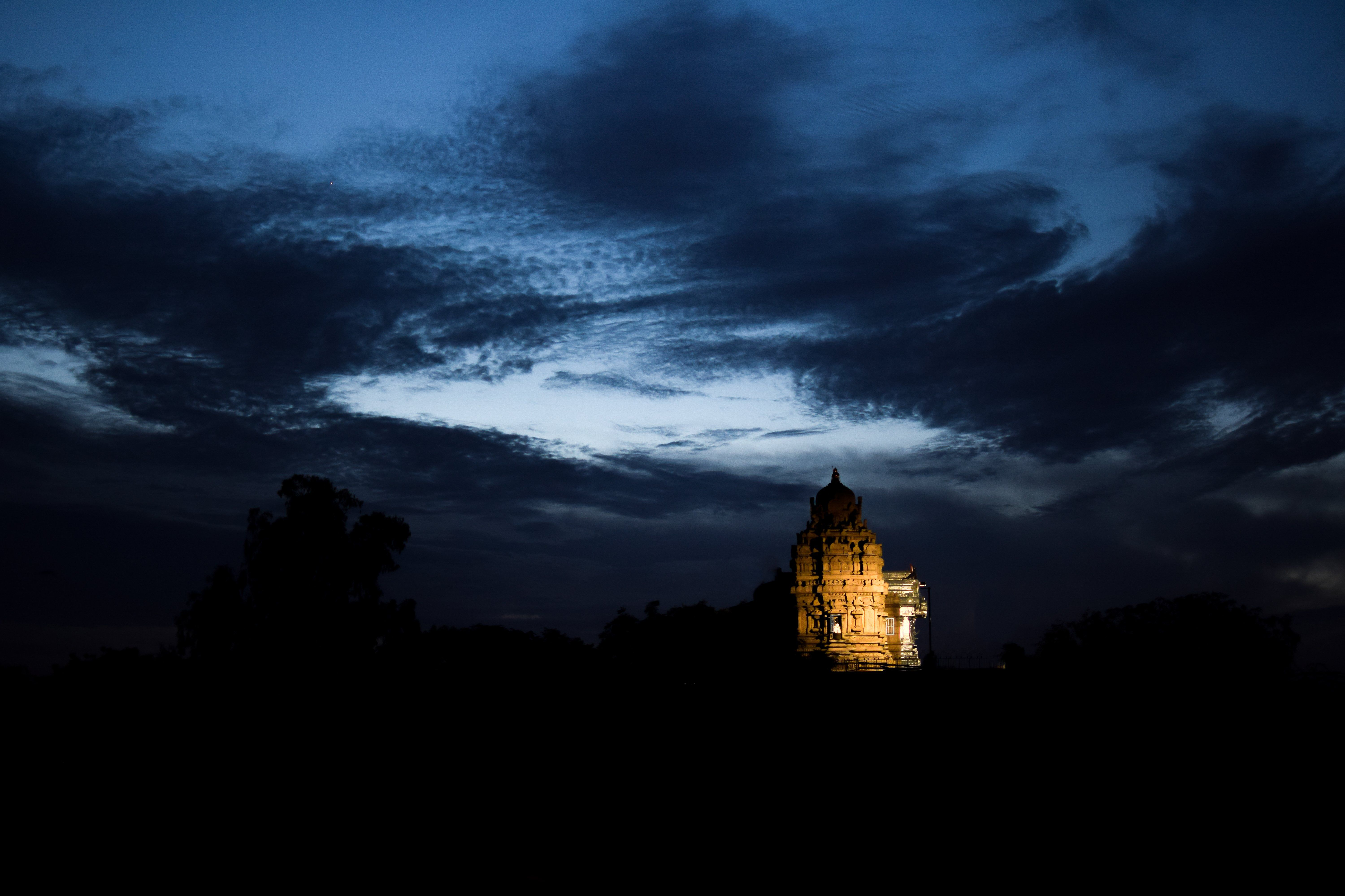 india temple new delhi sky wallpapers and backgrounds