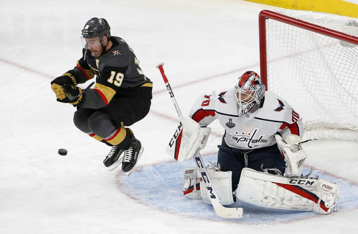 Braden Holtby helps Washington bounce back, even Stanley Cup Final 1