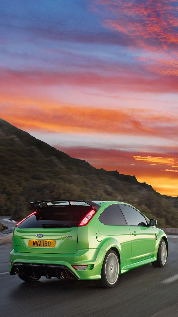The classic, iconic and eye-catching Ford Focus RS Mk 2. Universal ...