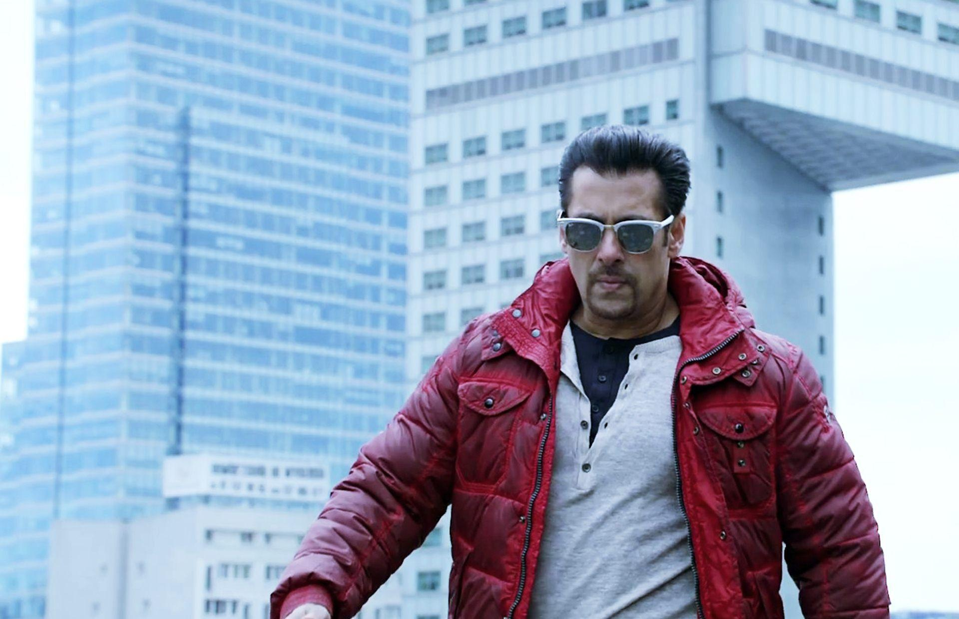 Salman Khan Wallpapers, Pictures, Image