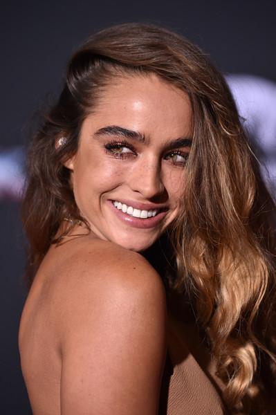 Sommer Ray 1080p Wallpapers