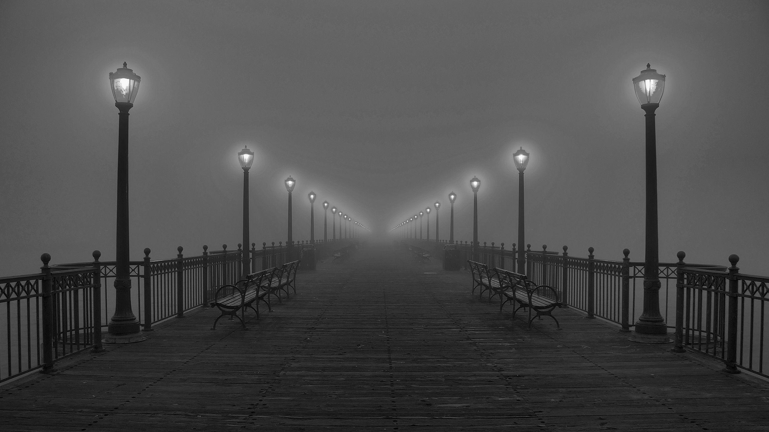Black And Wallpapers 2560x1440 Black, And, White, Fog, Pier, Lamps