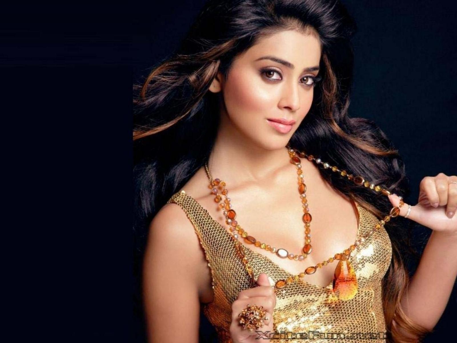 Картинки индийских актеров и актрис, девушке новым годом