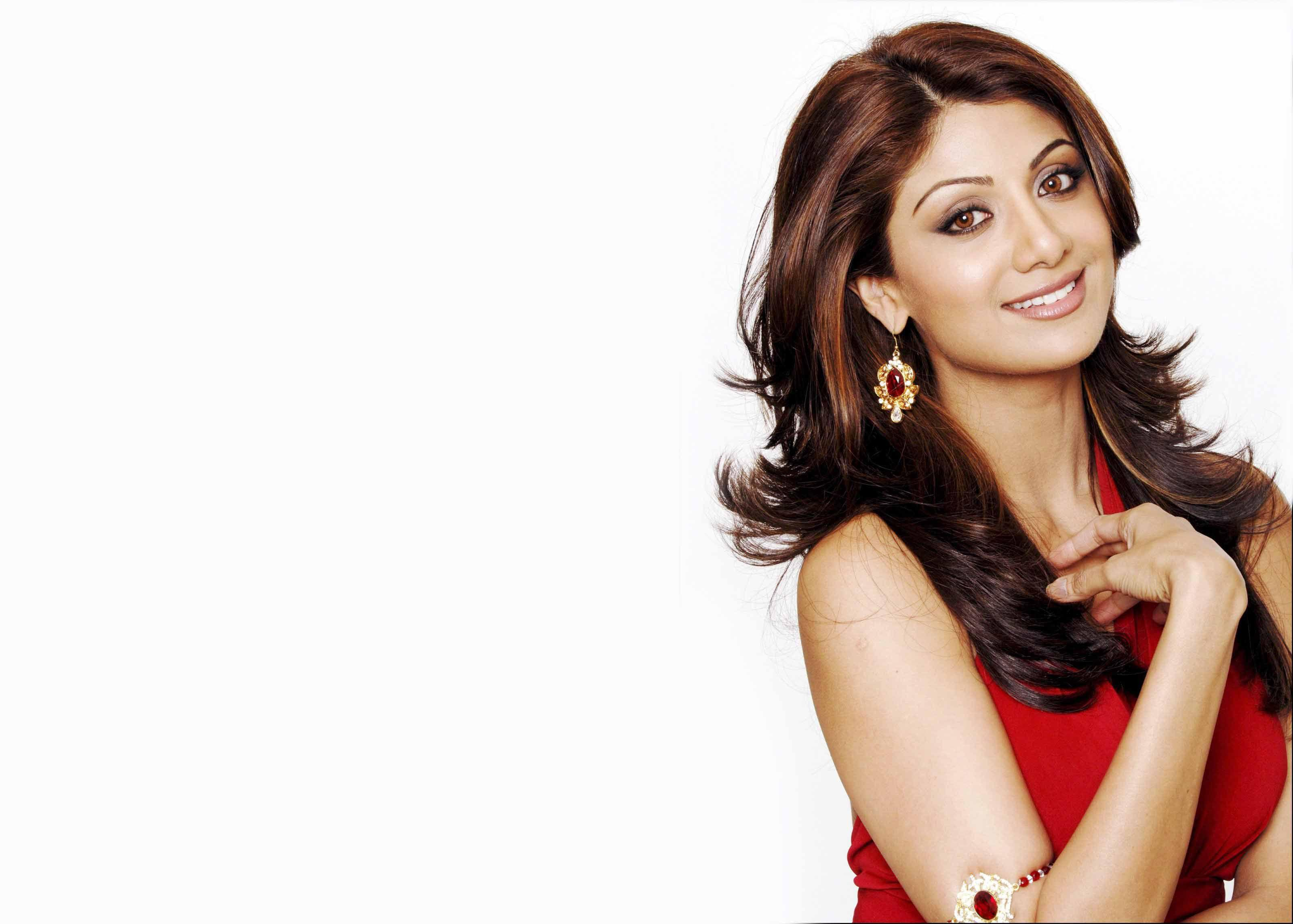 shilpa-shetty-virginity-foursome-free-sex-pics-and-movies