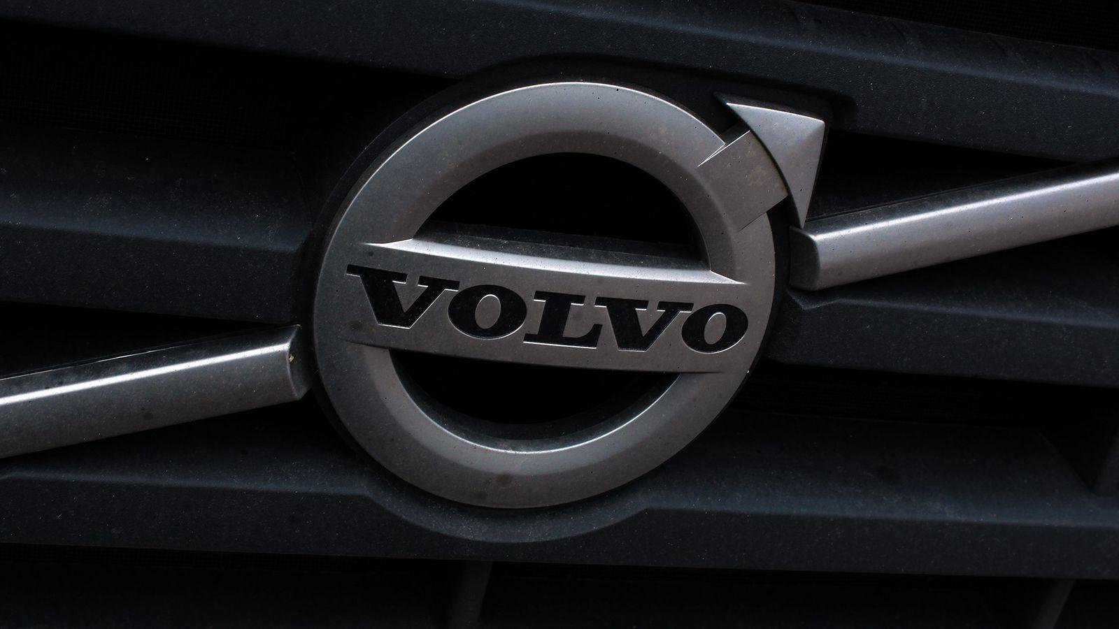 Volvo Truck Logo Wallpapers