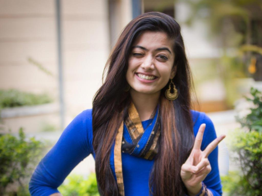Rashmika Mandanna HQ Wallpapers