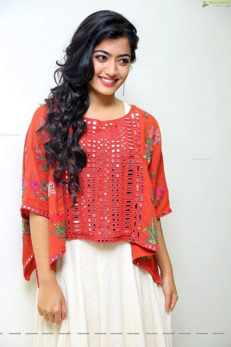 Actress Rashmika Mandanna Hot Photos 17
