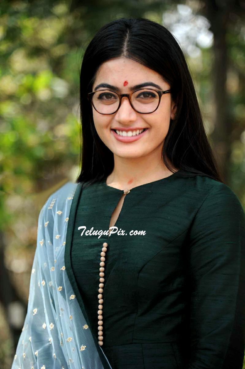 Rashmika Mandanna Old to Latest New HD HQ Photos Pics Stills image