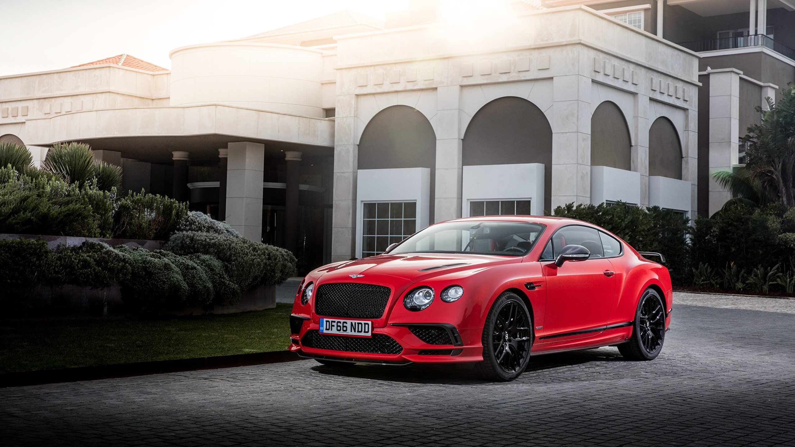 Photos Bentley 2017 Continental Supersports Worldwide Red 2560x1440