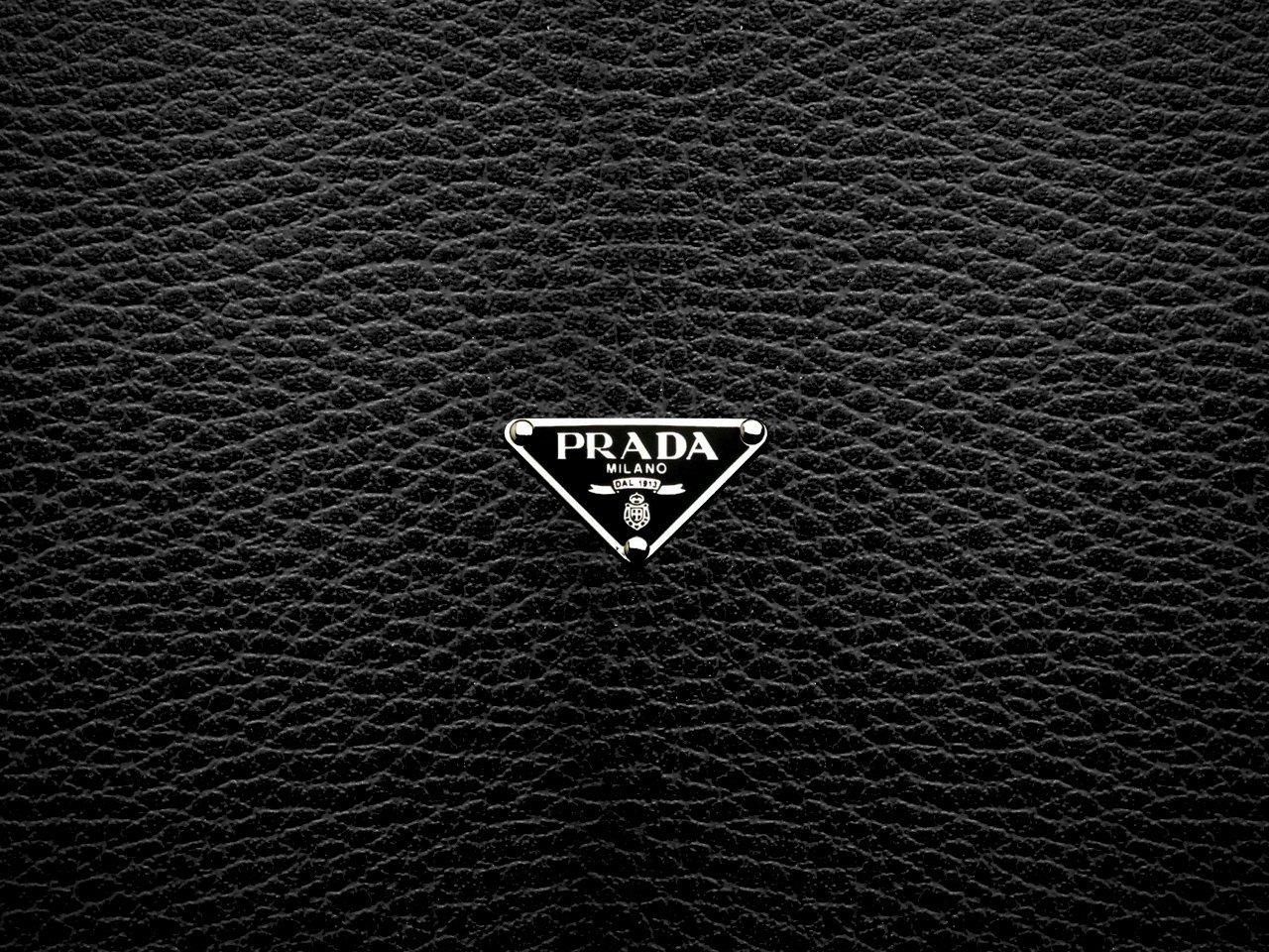 пришлась картинки бренд на черном фоне русского медведя девятнадцатый