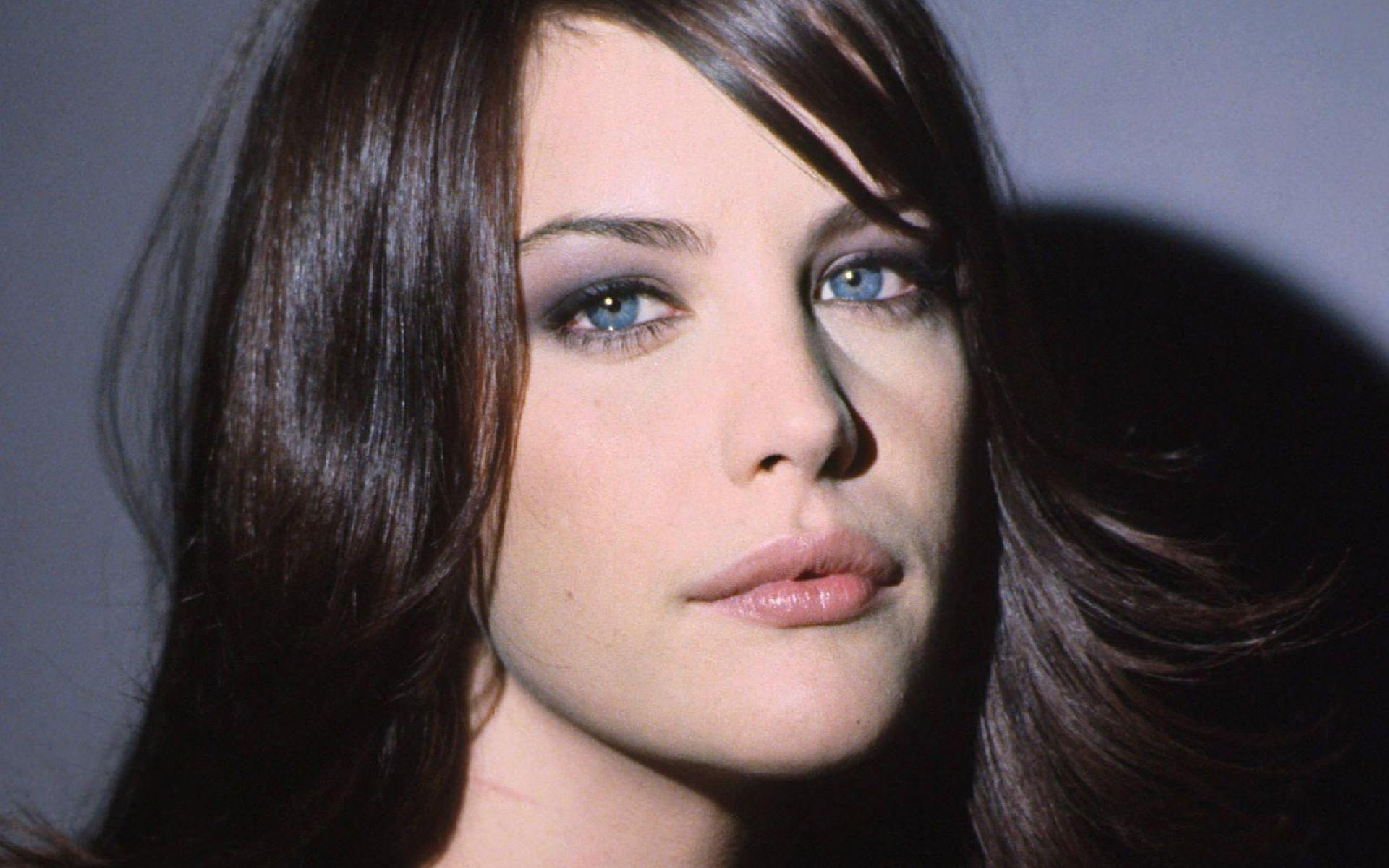 Liv Tyler Wallpapers High Quality