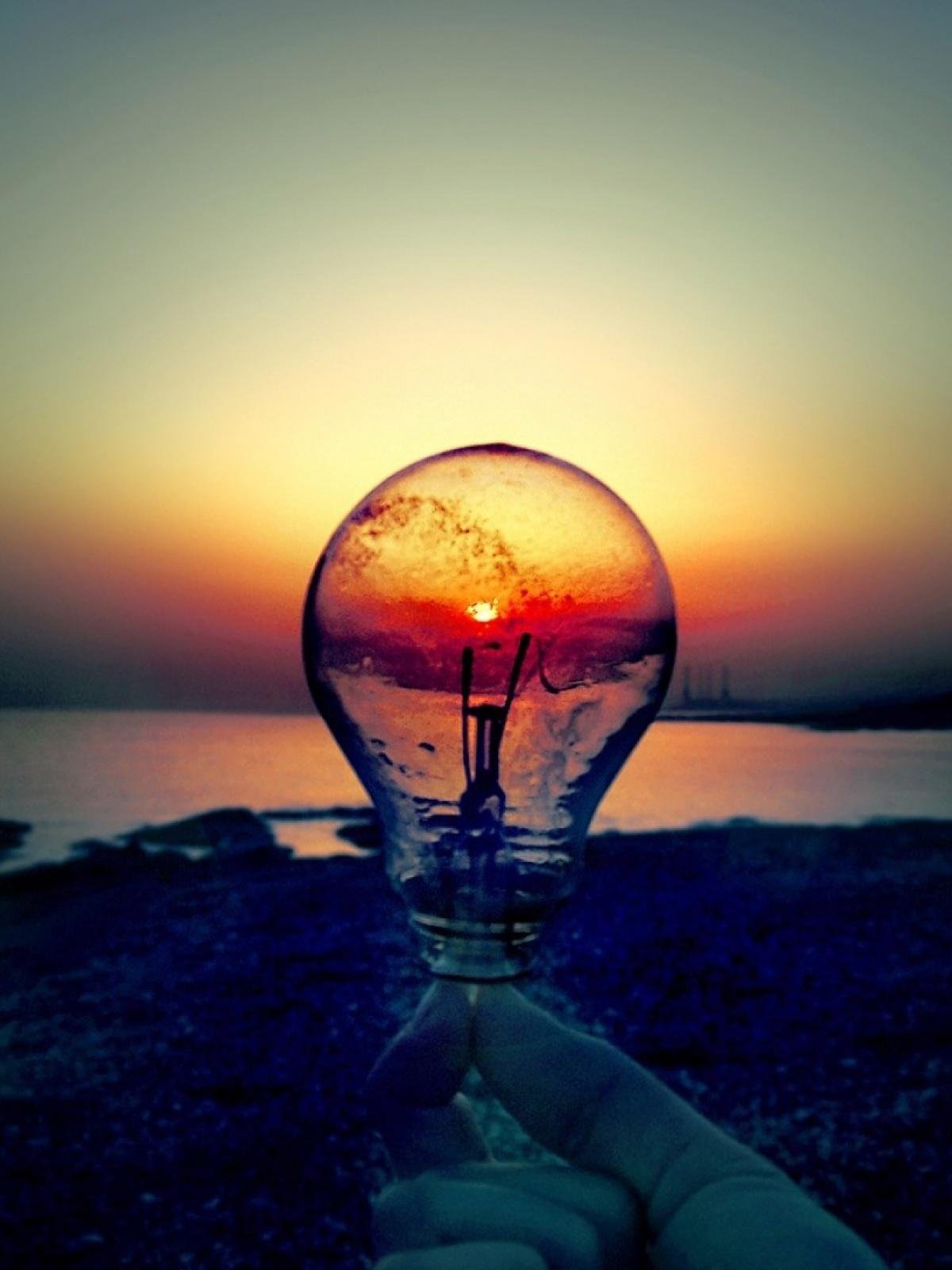 Light Bulb Sunset Beach Android Wallpapers free download