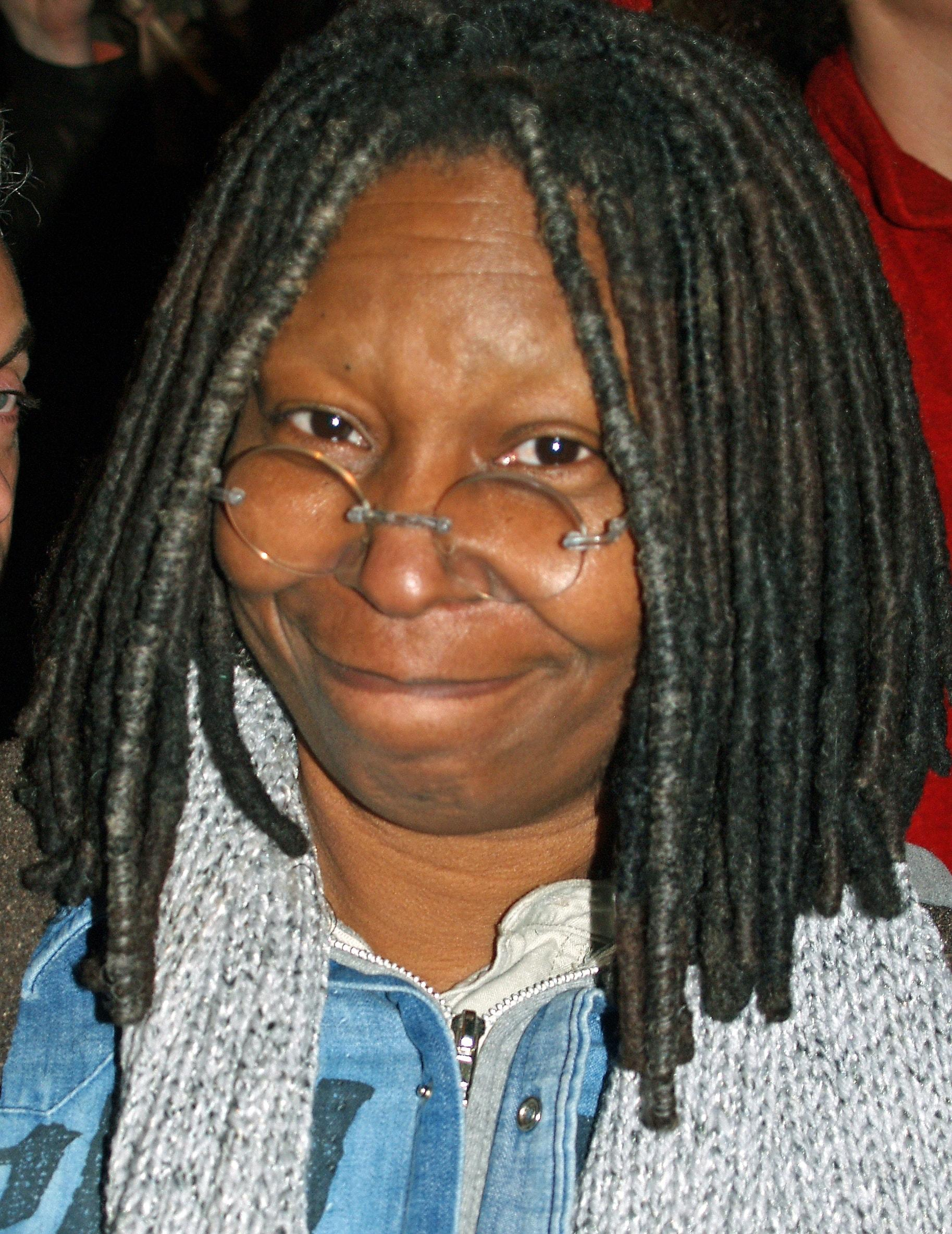 Whoopi Goldberg HD Wallpapers | 7wallpapers.net