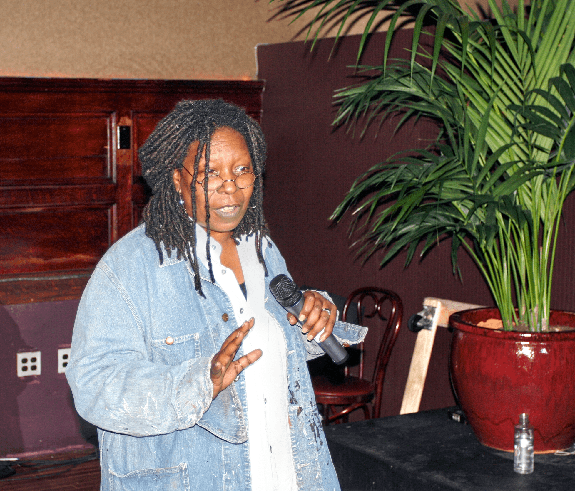 Pictures of Whoopi Goldberg, Picture #56048 - Pictures Of Celebrities