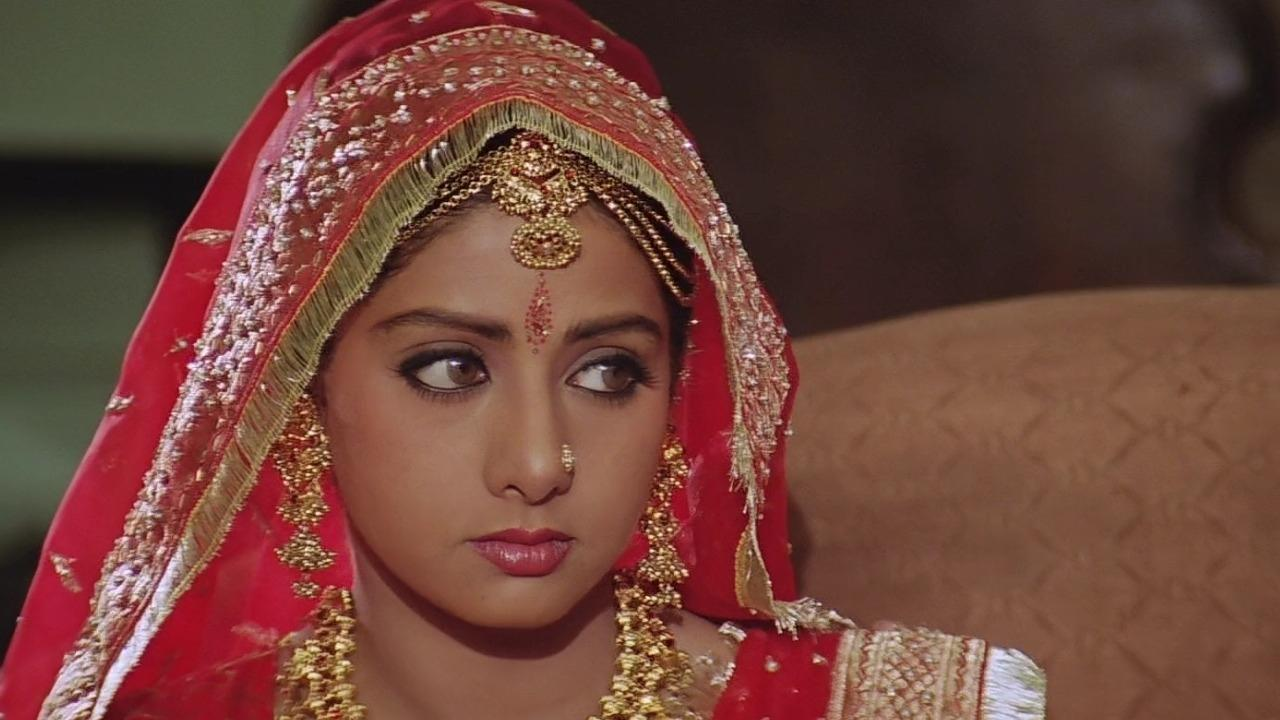 Sridevi image Pallavi in lamhe HD wallpapers and backgrounds photos